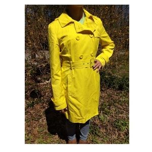 Kenneth Cole Reaction yellow raincoat ladies Med